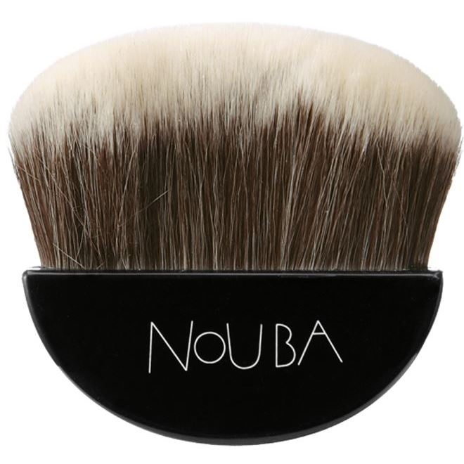 Кисть NoUBA Blushing Brush (1 шт) кисть nouba kabuki brush 1 шт