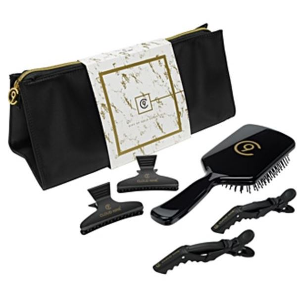 Набор: Косметичка CloudNine The Essentials Gift Set (Набор: косметичка + зажимы бабочка, 2 шт + зажимы, 2 шт + расческа, 1 шт) the angel esmeralda nine stories